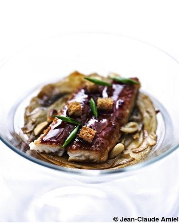 Anguille fumée et laquée  au miel de soja, taboulé de céréales
