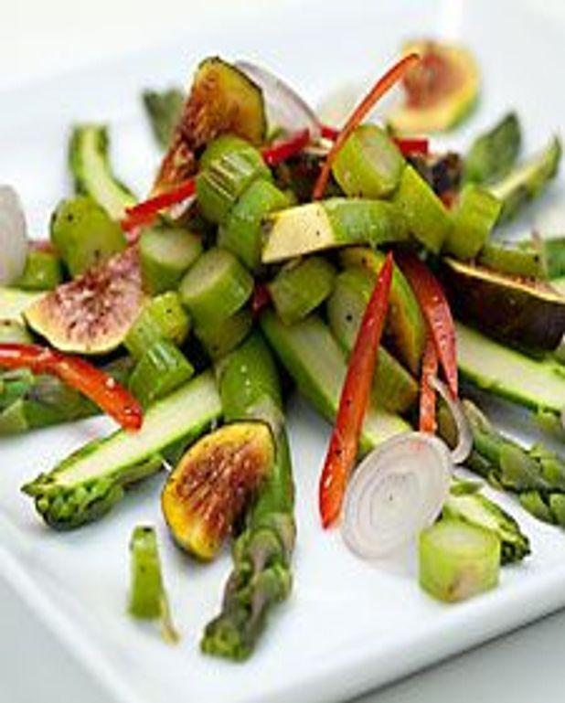 Asperges et figues en salade