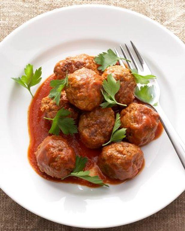 Basique : boulettes de boeuf sauce tomate