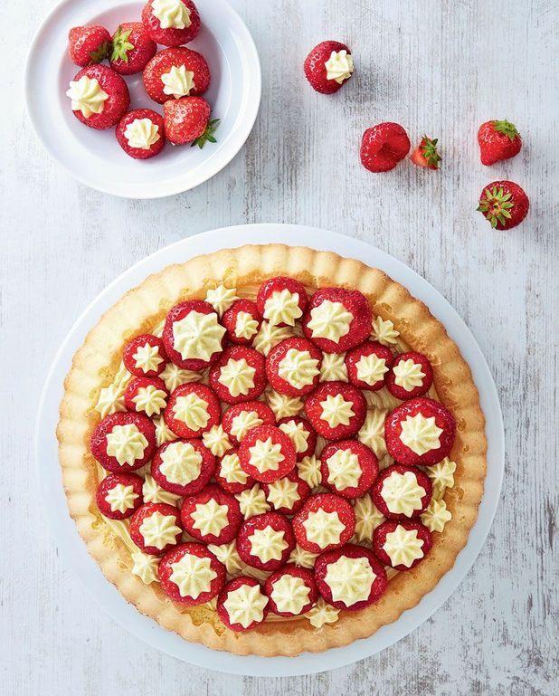 Biscuit aux fraises, crème mousseline