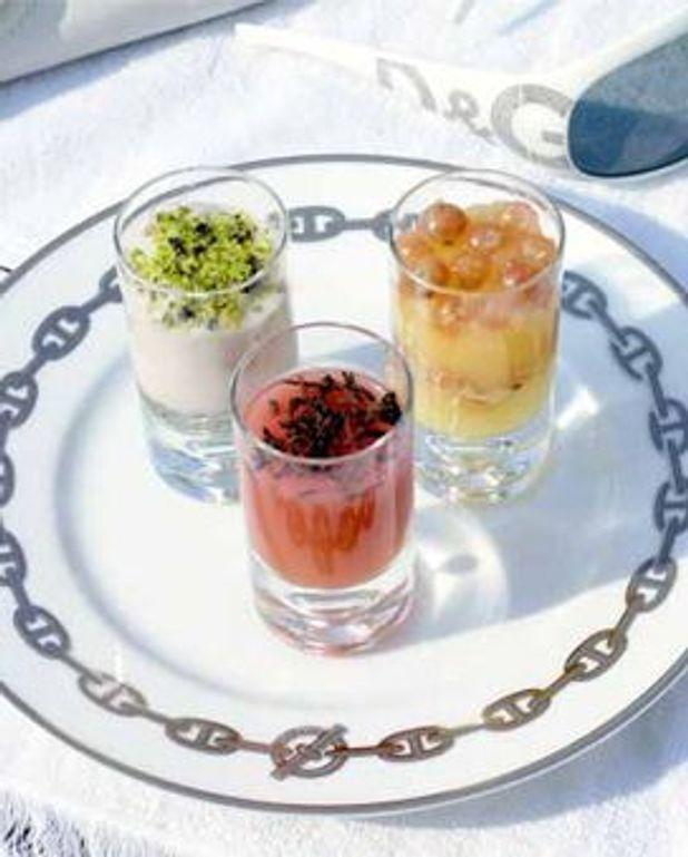 Blanc-manger aux amandes et aux pistaches