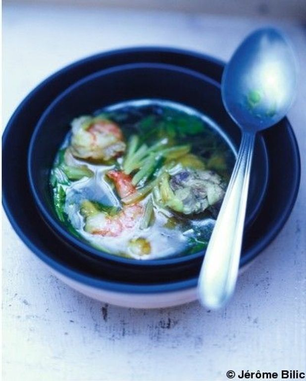 Bouillon de légumes au persil frais