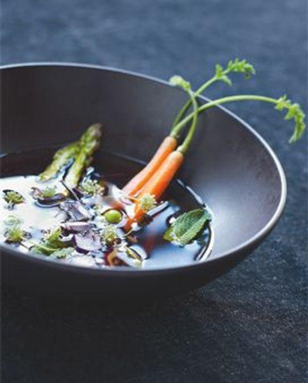 Bouillon de veau, légumes croquants