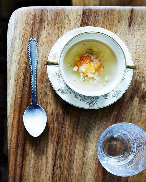 Bouillon froid de crevettes, fenouil et oeufs de truite