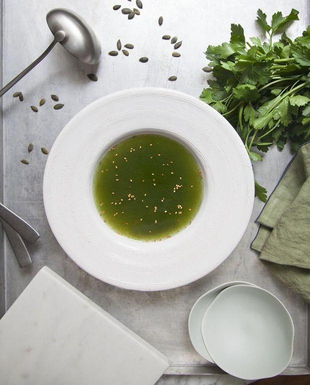 Bouillon vert détox cresson épinard kale