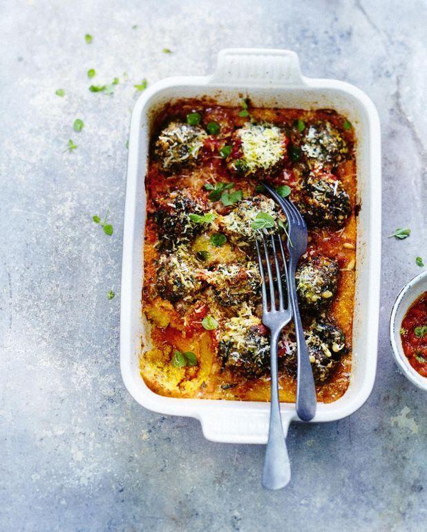 Boulettes aux herbes, polenta sauce tomate