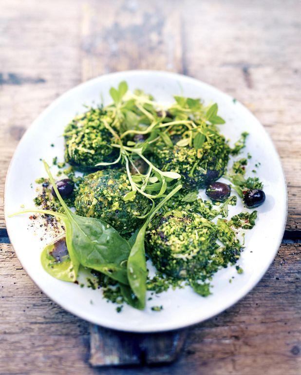 Boulettes de quinoa, gremolata coriandre, persil et tapenade