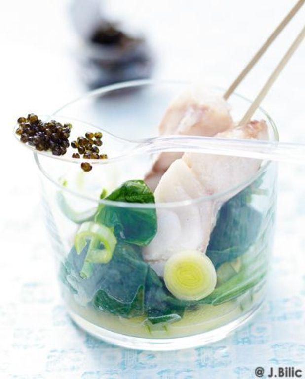 Brochettes de cabillaud, beurre, citron et caviar