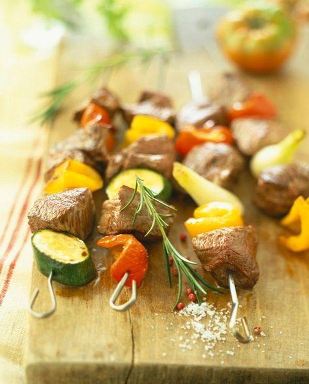 Brochettes de gigot et de poires aux épices