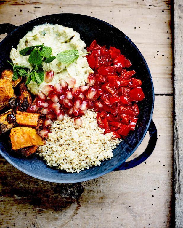 Buddha bowl patate douce, poivron aigre-doux et quinoa