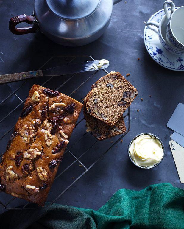 Cake aux fruits secs et aux caramels salés