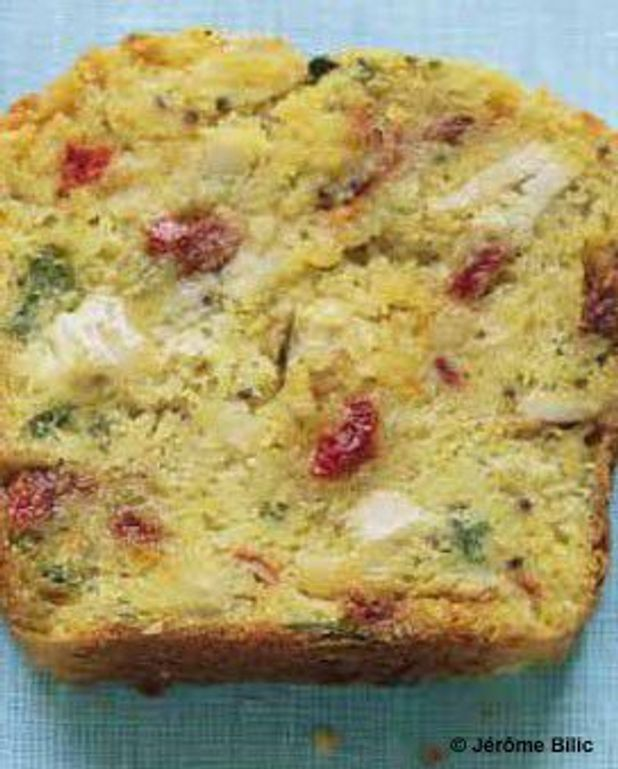 Cake mozzarella, tomate et sauge