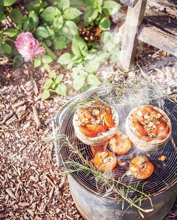 Camemberts farcis abricots et amandes