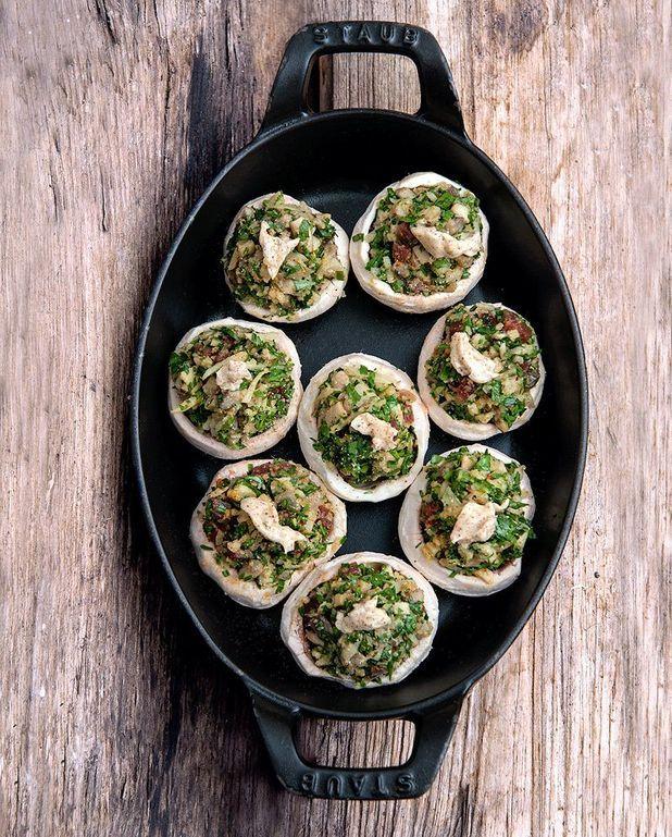 Champignons farcis au jambon sec