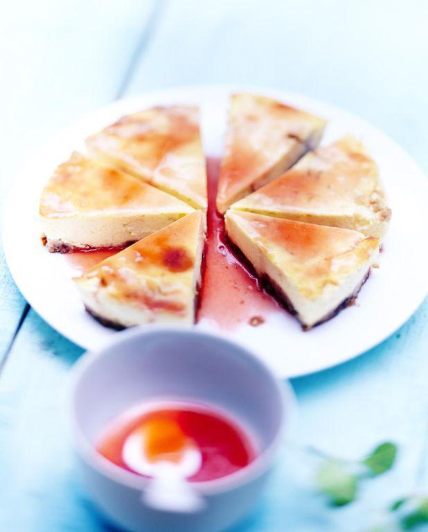 Cheesecake et jus de fraise
