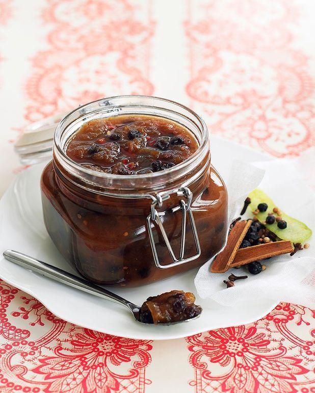 Chutney de dattes et de raisins secs