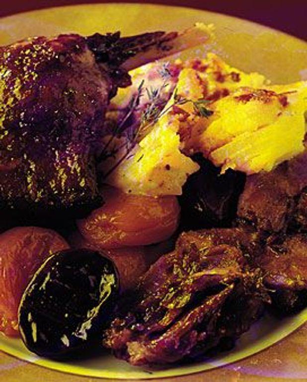 Civet de cuisses de canard aux pruneaux
