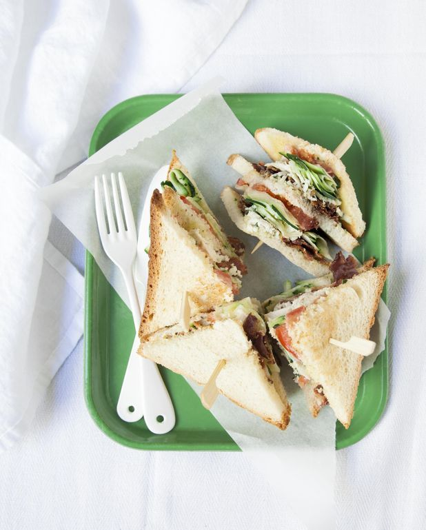 Club-sandwich courgette-basilic