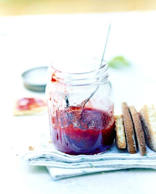Confiture de fraise, menthe et vanille