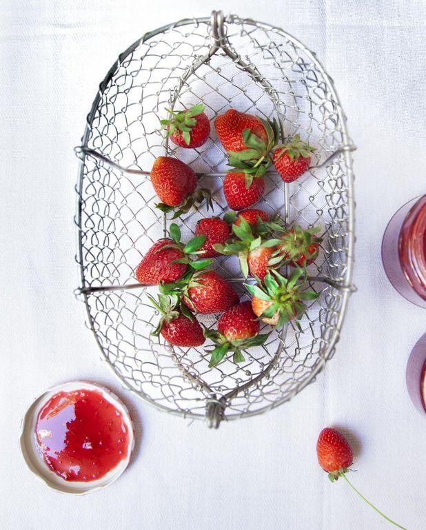 Confiture fraise-rose