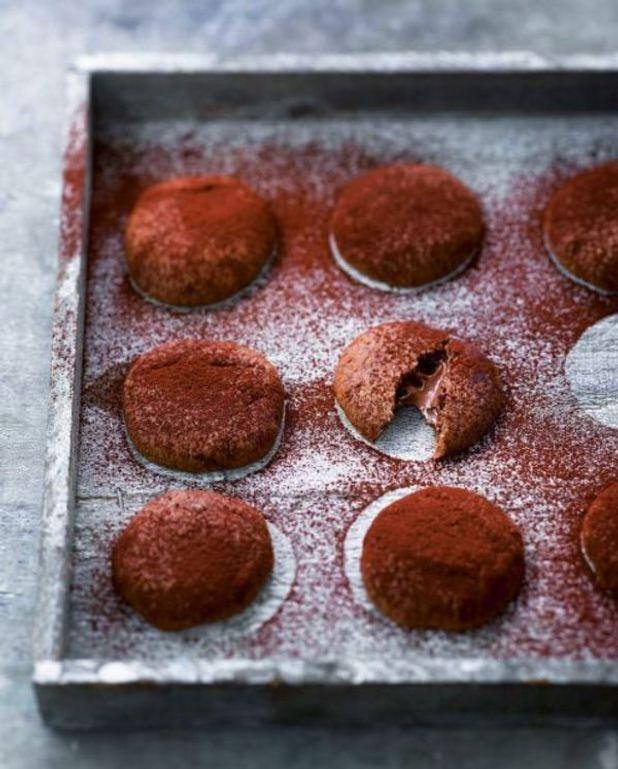 Cookies au chocolat fourrés à la pâte à tartiner