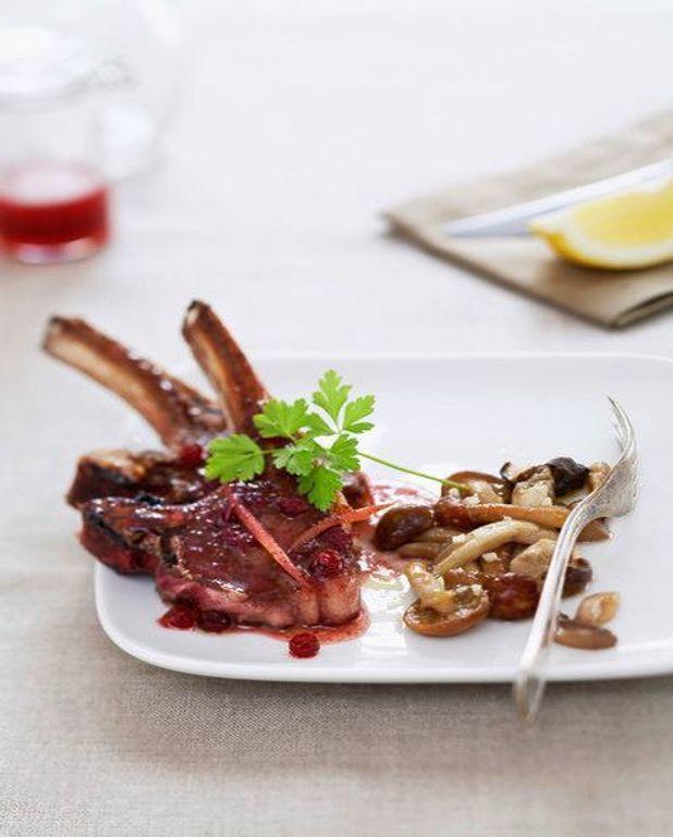 Côtelettes de chevreuil, sauce poivrade