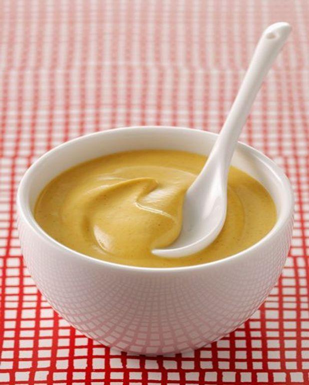 Côtes de porcelet, crème de moutarde à l'ancienne