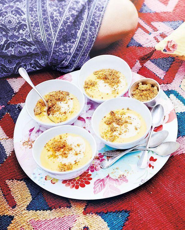 Crème au citron et au basilic, crumble et yaourt de brebis