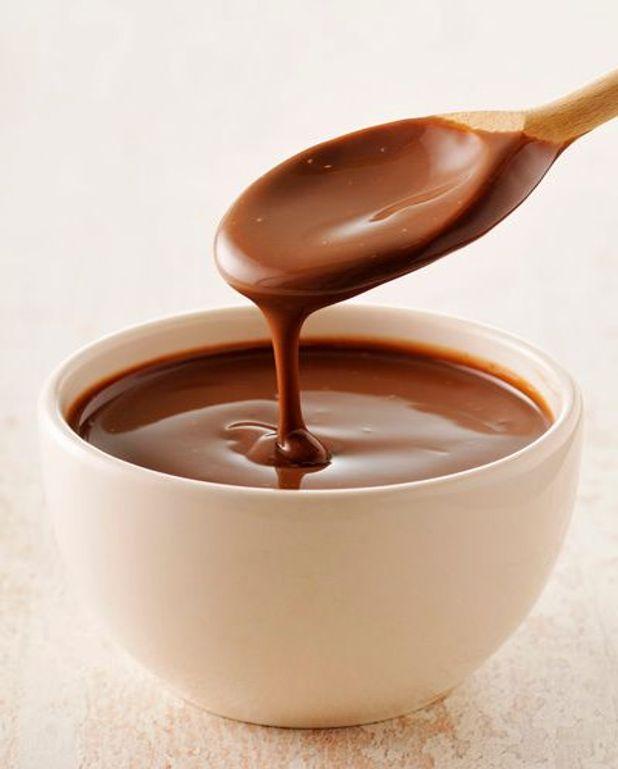 Crémeux de café sur un sable fondant, coulis de chocolat