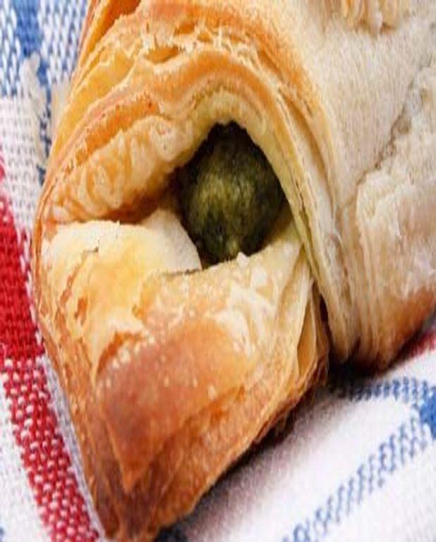 Croissants grecs farcis aux Épinards