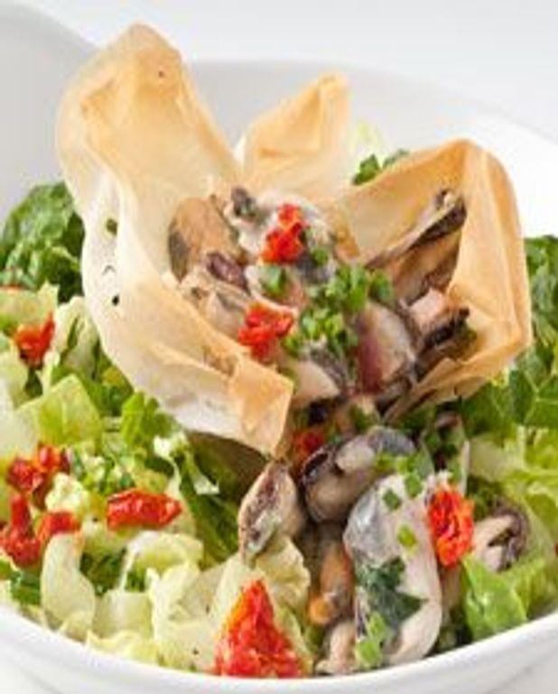 Croustillant de moules en salade