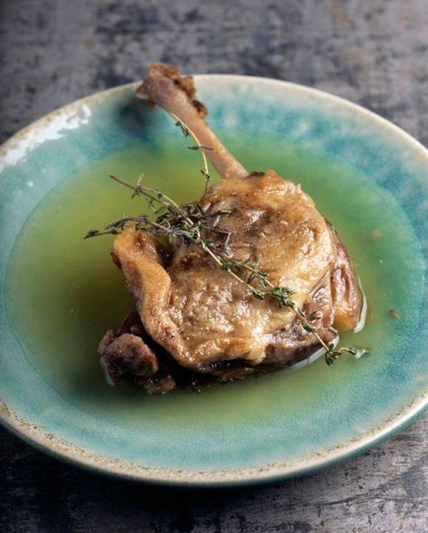 Cuisses de canard laquées, salade à la menthe
