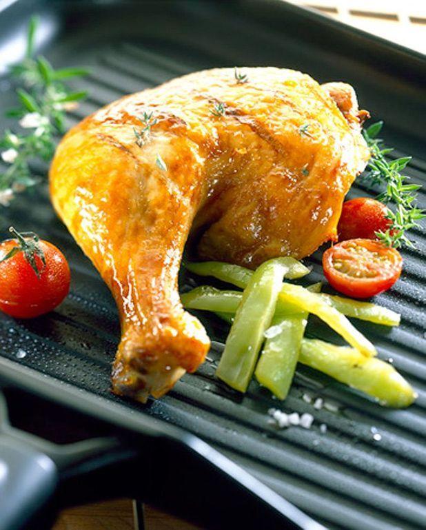 Cuisses de poulet, sauce aux canneberges et au poivre vert