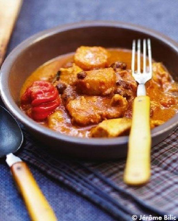 Curry de poulet, bananes, mangue