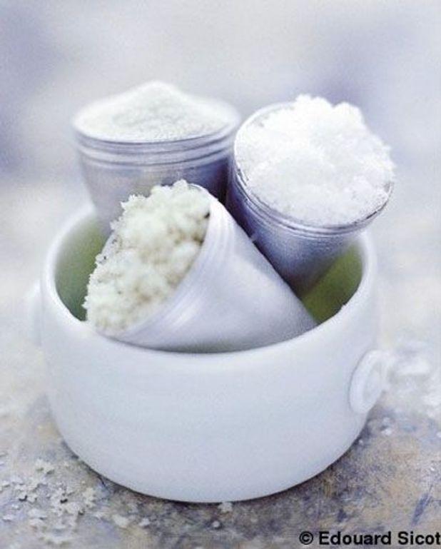 Dorade au sel de Guérande et sauce verte
