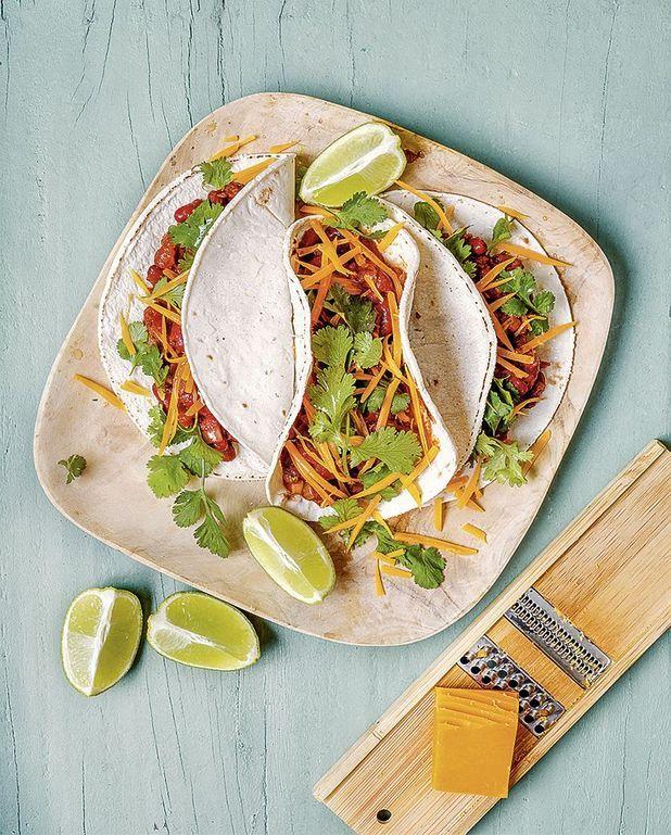 Enchiladas végétariennes aux haricots rouges et cheddar