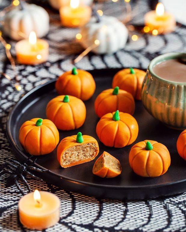 Energy balls d'halloween aux dattes et flocons d'avoine