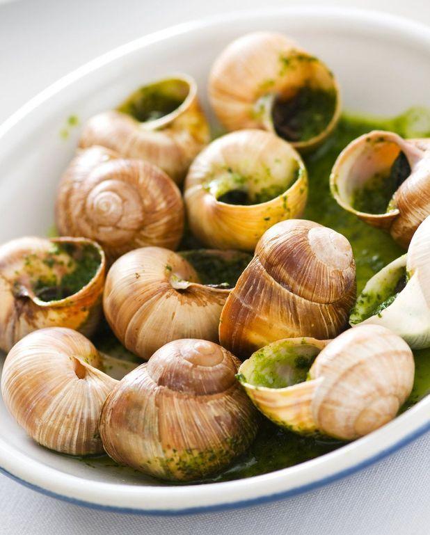 Escargots au beurre persillé