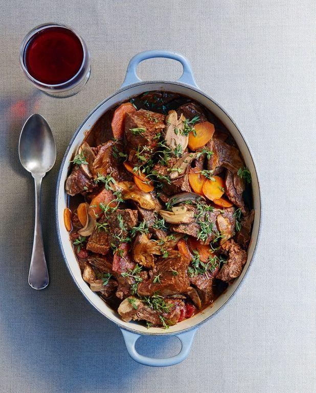 Estouffade de boeuf, carottes et cèpes secs