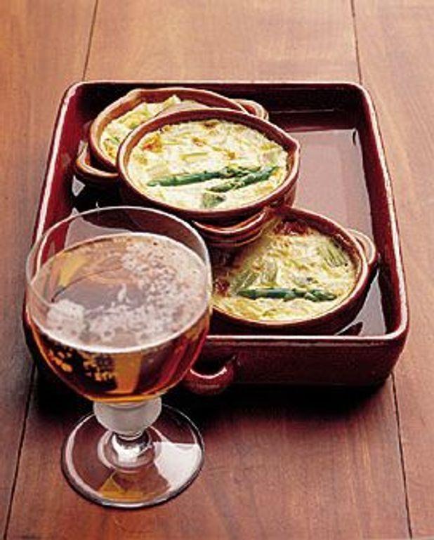 Flans d'asperges vertes à la bière