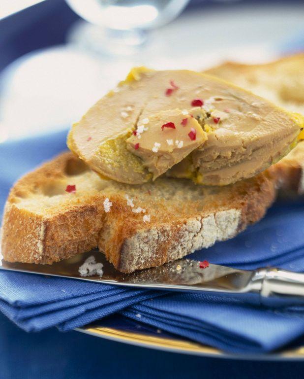 Foie gras de canard, chutney d'abricots secs et poires