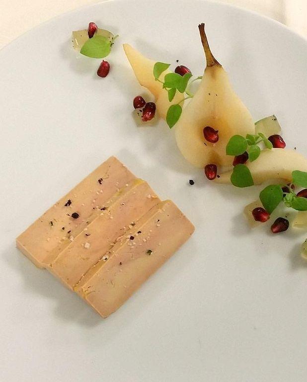 Foie gras de canard pressé, gelée de poires au champagne d'Amandine Chaignot