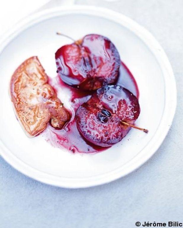 Foie gras poêlé pommes-cassis