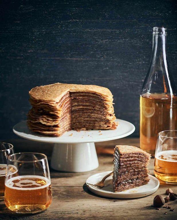 Gâteau de crêpes à la pâte à tartiner choco-noisettes