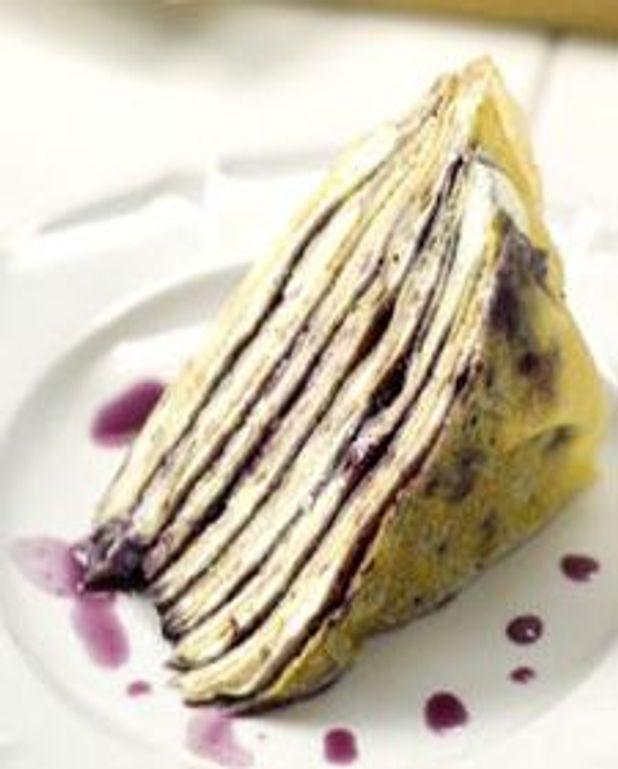 Gâteau de crêpes aux bleuets