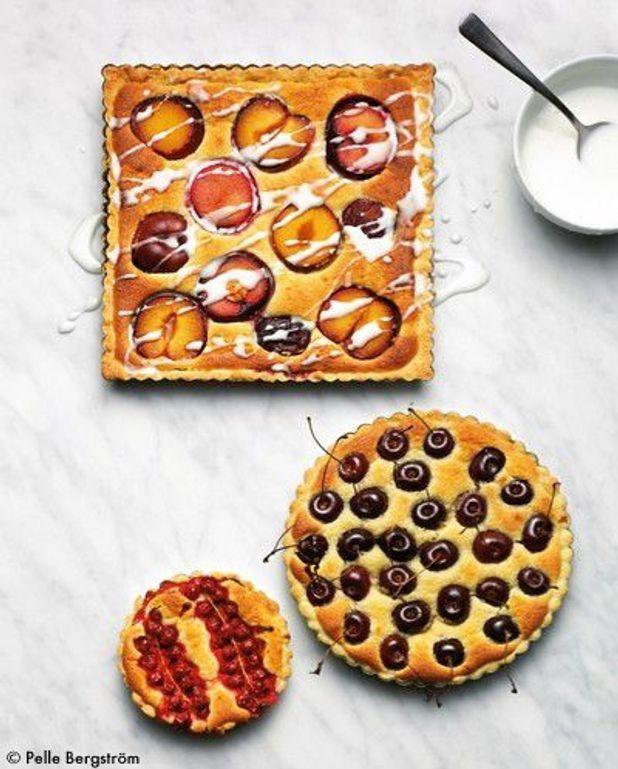 Gâteaux aux amandes, aux fruits et aux baies