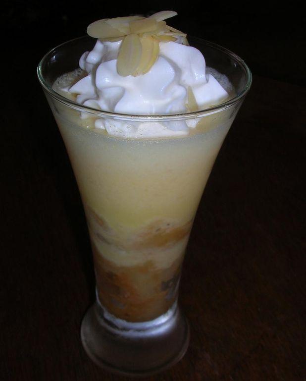 Gélatine d'abricot avec lait concentré