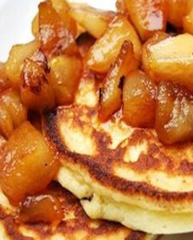 Hotcakes aux pommes caramélisées