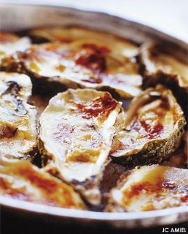 Huîtres chaudes gratinées au camembert d'Isigny