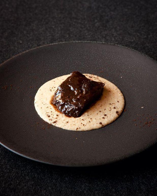 Joues de boeuf, polenta au café du chef Emmanuel Renaut
